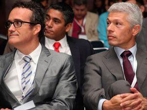 """Los Dres. Vela y Rodríguez imparten un curso sobre """"Migración coronal de tejidos duros y blandos sobre implante y diente"""""""